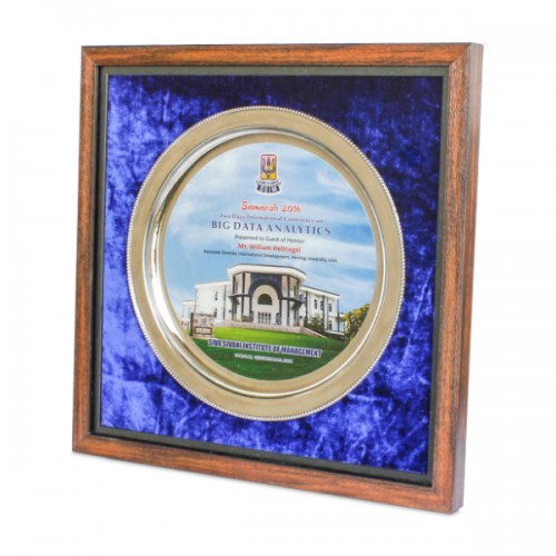 Frame with Metal Plate 02