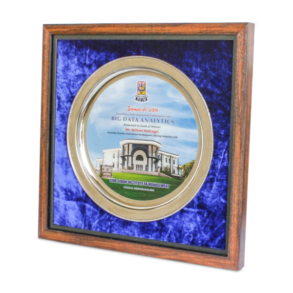 Round shaped Metal Plate with frame