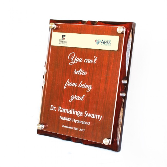 Wooden Memento with elevated Acrylic sheet